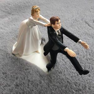 Funny wedding cake 🎂 topper